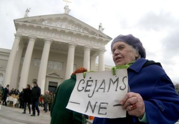 """""""Gėjams - ne"""", 2010 m., 15min.lt nuotr."""