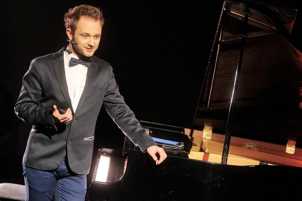 Pirmuosius apdovanojimus vedė aktorius Dominykas Vaitiekūnas.